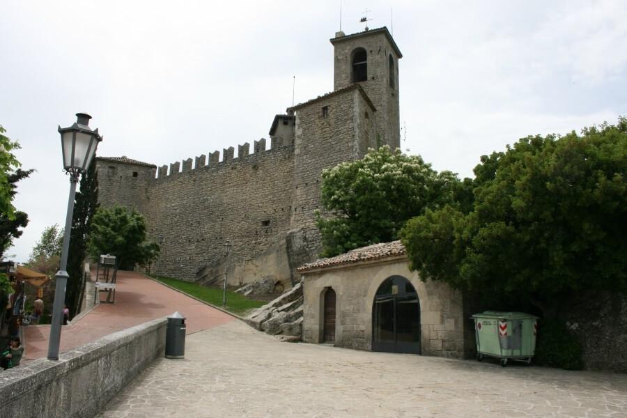 крепости в Сан-Марино