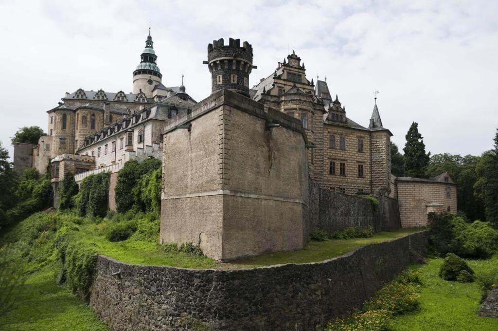 готические замки Чехии