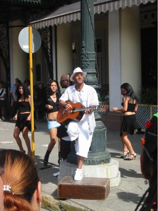 уличные музыканты в Гаване