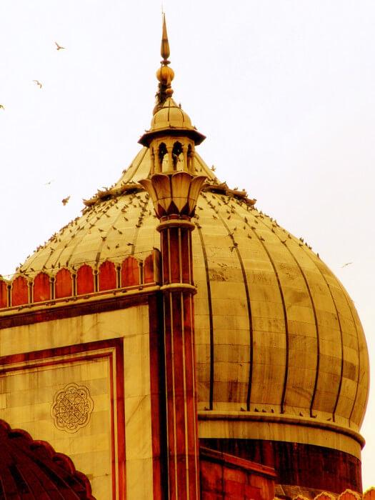 купол мечети в Индии